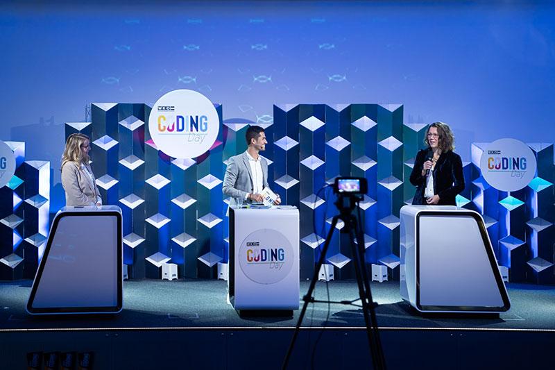 moderator österreich online event schramböck rauskala wirtschaft digitalisierung bildung