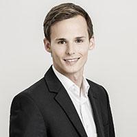 Daniel Deutsch von marktguru über Moderator Jürgen Winterleitner